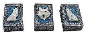 3 Boxen Weiße Wölfe